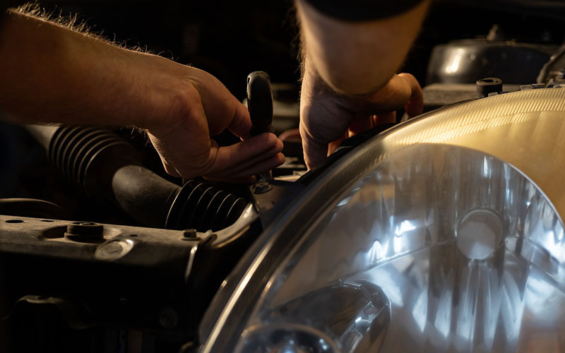 Are You Putting the Wrong Oil in Your Car?